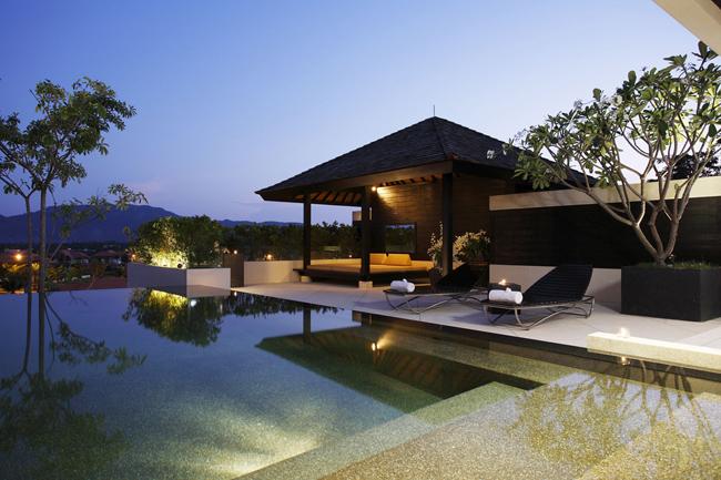 2 - Pavilions Phuket - Spa Pool Pavilions