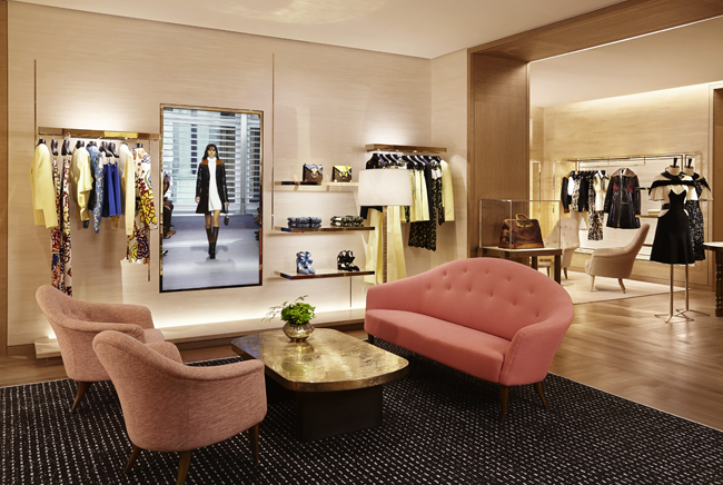 LOUIS VUITTON BOUTIQUE - DEDICATE MAGAZINE - DEDICATE DIGITALMONTAIGNE2605 copie