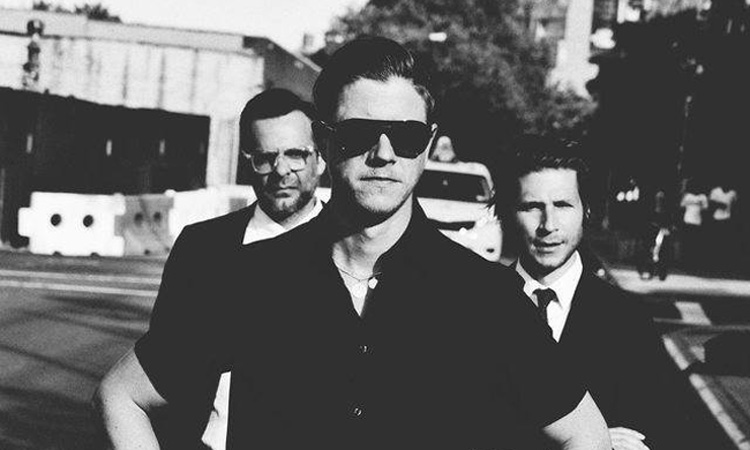 dedicate-digital_interpol000