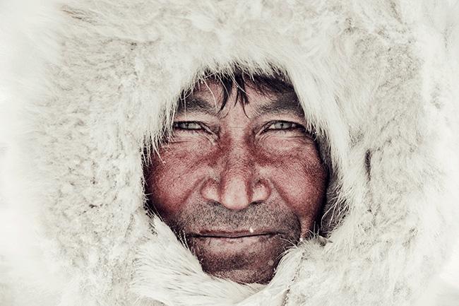 A-GALERIE---Nenet,-Yakim,-Brigade-2,-Yamal-Peninsula,-Ural-Mountains,-Russia,-2011