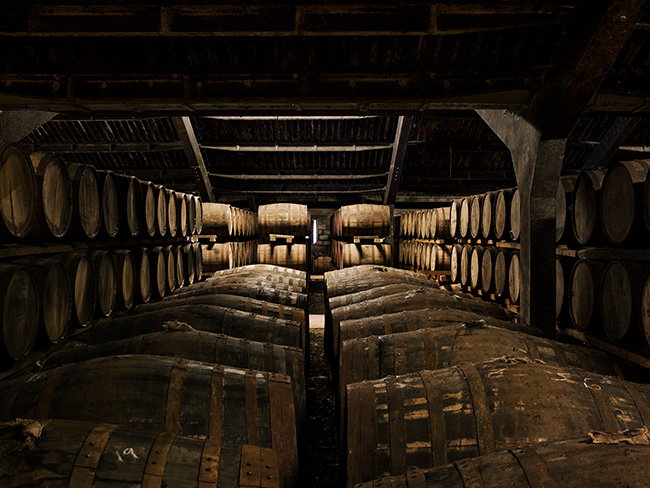 DEDICATE-DIGITAL_THE-DALMORE_Casks-Warehouse_02